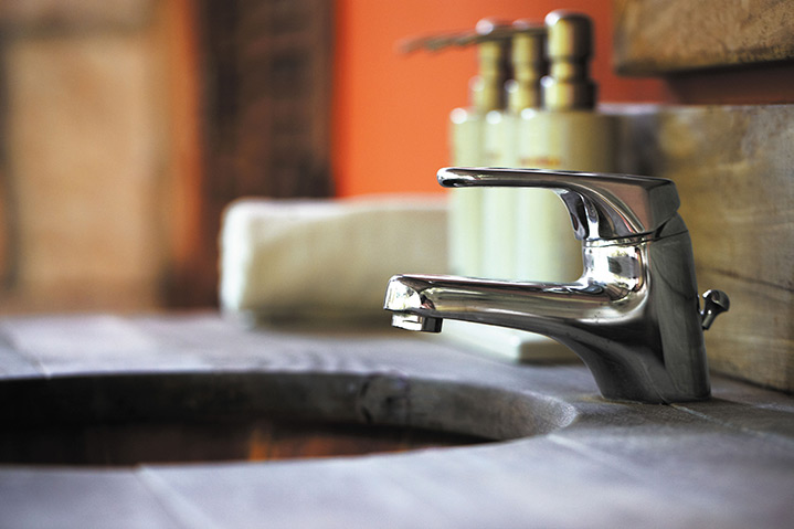 A2B Plumbers are able to fix any leaking taps you may have in Hollingworth.